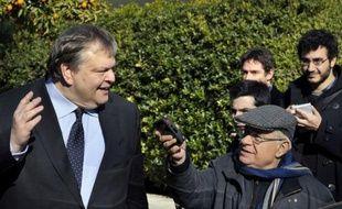 Les tractations entre le gouvernement grec et ses créanciers privés pour l'effacement d'une partie de la dette privée du pays doivent se poursuivre ce week-end à Athènes, a-t-on appris auprès du ministère des Finances.