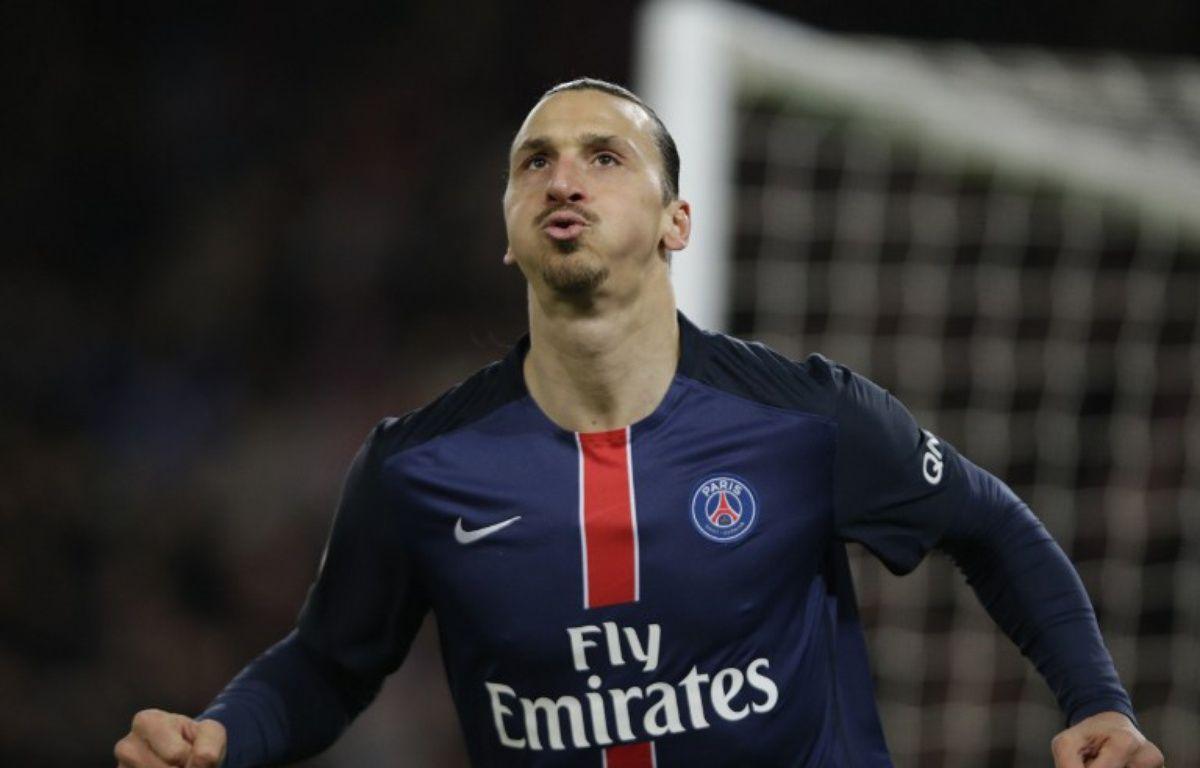 A lui seul, Zlatan Ibrahimovic a marqué plus de buts que Lille.. – KENZO TRIBOUILLARD / AFP