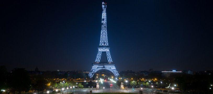 La Tour Eiffel le 9 avril 2020, au 34 jour de confinement de la France.