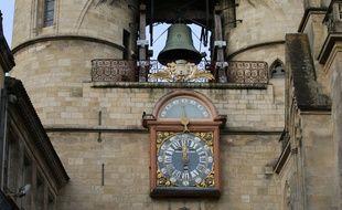 La Grosse Cloche de Bordeaux, et son horloge.