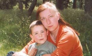 Cette mère de 37 ans et son fils de 8 ans ont disparu dimanche 24 juillet en Haute-Loire, alors qu'ils étaient partis ramasser des framboises.