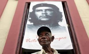 A Cuba, les portraits du Che sont omniprésents et il est devenu dans le monde entier une figure mythique. Il y a cinquante ans, Ernesto Che Guevara était assassiné en Bolivie.