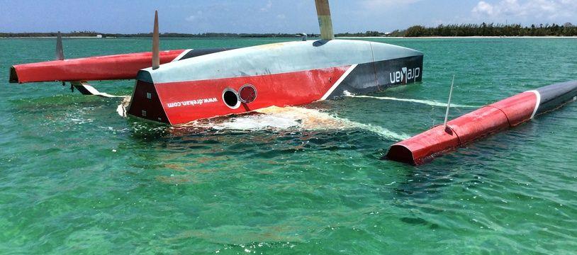 Le trimaran d'Eric Defert Drekan Group a été retrouvé aux Bahamas plus de deux ans après un chavirage au large du Portugal.