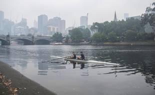Melbourne dans un nuage de fumée avec les incendies qui ont ravagé tout le pays, le 6 janvier 2020.