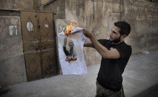 Le régime syrien, confronté à une révolte réprimée dans le sang, a accusé les Etats-Unis d'oeuvrer à sa chute en utilisant comme prétexte le dossier des armes chimiques comme ils l'ont fait en Irak.