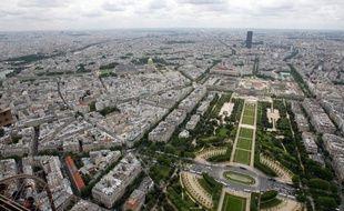 """L'annonce par Nicolas Sarkozy de son intention d'augmenter de 30% les droits à construire sur les habitations a semé la consternation chez certains défenseurs du patrimoine, cible pour eux d'une """"attaque sans précédent depuis les années 1960 et 1970""""."""