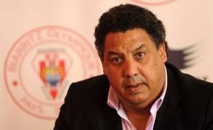 Serge Blanco, lors d'une conférence de presse à Biarritz, le 20 mai 2014.