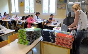 Rentrée des classes au collège Hans Arp, en classe de 5ème. Les enfants ont l'autorisation de l'année dernière selon l'enseignante, donc pas de problèmes. Strasbourg le 02 09 2010.