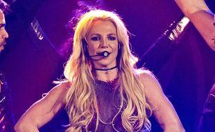 La chanteuse Britney Spears sur scène au Pepsi Jingle Bash de 2010.