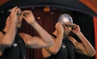 Avec trois nageurs sous les 22 secondes en demi-finales, dont Amaury Leveaux qui a manqué pour 3/100e d'égaler le record d'Europe de son camarade Alain Bernard, la finale du 50 m nage libre des Championnats de France s'annonce sous haute tension, samedi à Dunkerque.