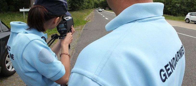 Opération de contrôle effectué par la gendarmerie, ici sur une route du Bas-Rhin.