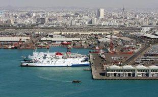 Vue de la ville de Jeddah et de son port sur la mer Rouge, le 30 novembre 2008