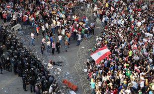 Des violences ont éclaté entre les manifestants et les forced de l'ordre suite au rassemblement des citoyens qui dénonçaient, ce dimanche 23 août, l'inertie du gouvernement face à la crise des ordures ménagères