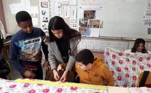 La fabrication des poches a permis aux collégiens de mettre en pratique leurs connaissances mathématiques