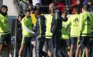 Zinedine Zidane lors de son premier entraînement à la tête du Real Madrid, le 5 janvier 2016