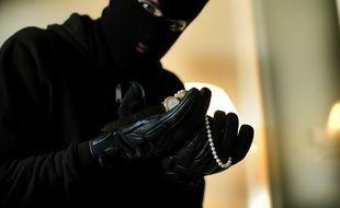 Le suspect semait des petits cailloux pour repérer les logements qu'ils souhaitaient cambrioler (illustration.