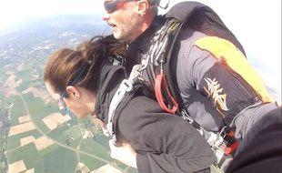 On a testé la chute libre en tandem à Fly Attitude à Vimory dans le Loiret.