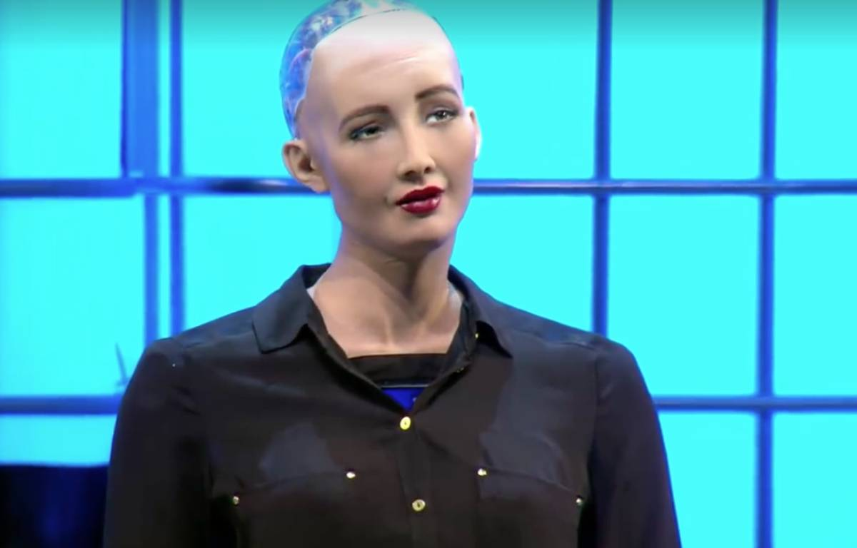 Sophia, dernière-née des robots d'Hanson Robotics, a fait sensation au Web Summit à Lisbonne.  – WebSummit