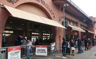 Le marché Forville, à Cannes, a pu rouvrir le 18 avril avec des précautions particulières