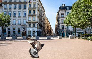 La place Bellecour, à Lyon, le 16 avril 2020.