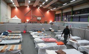 Le gymnase Emile-Morice à Nantes met à disposition 75 lits.