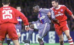 Sidney Govou avait explosé aux yeux du grand public le 7 mars 2001 avec un retentissant doublé face au Bayern Munich (3-0).