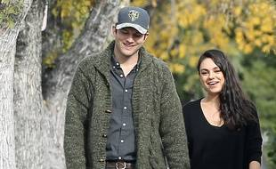 Les acteurs Ashton Kutcher et Mila Kunis