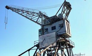 La grue Wellman aux Bassins à flot à Bordeaux, classée monument historique depuis 2014.