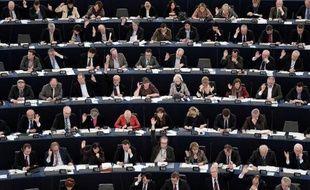 """Le Parlement européen va travailler à un compromis sur le mécanisme unique de résolution des banques de la zone euro, mais refuse de valider tel quel l'accord trouvé fin décembre par les ministres des Finances européens, qu'il juge """"inacceptable""""."""