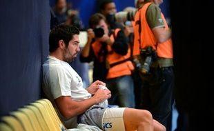 Les joueurs de handball de Montpellier interpellés dimanche, dont la star Nikola Karabatic, reconnaissent avoir parié lors d'un match, en violation de l'éthique sportive, mais démentent avoir truqué la rencontre, ont affirmé lundi leurs avocats.