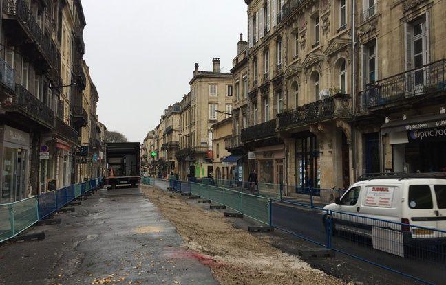 La rue Fondaudège en travaux pour encore plus d'un an.
