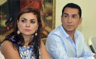 José Luis Abarca et Maria de los Angeles Pineda, à la tête de la ville d'Iguala avant de s'enfuir, sont accusés d'avoir ordonné l'attaque contre les étudiants