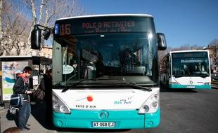 Aix en provence les bus l 39 arr t apr s l 39 agression d 39 un for Ligne 25 salon aix