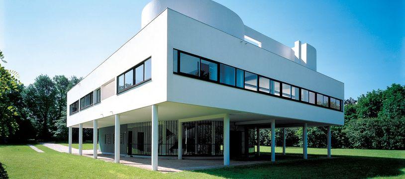 La villa Savoye est un chef-d'œuvre d'avant-gardisme et d'ergonomie.