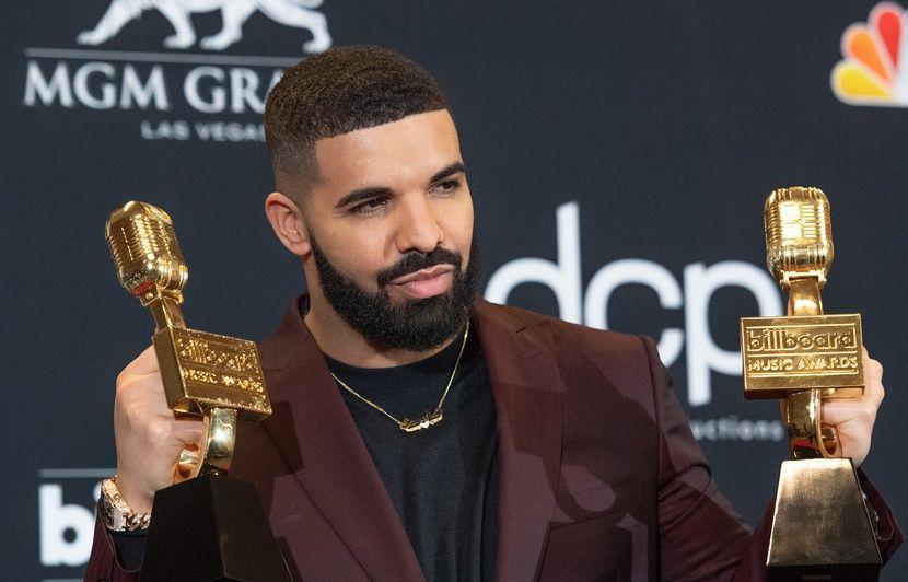 VIDEO. Drake fait aussi bien que les Beatles au top US