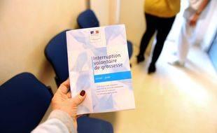 Brochure d'information sur l'interruption volontaire de grossesse (IVG).