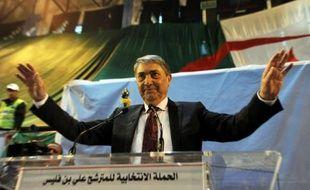 Ali Benflis lors d'un meeting électoral le 5 avril 2014 à Batna