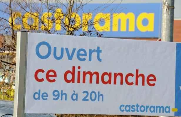 Loi macron le s nat donne son feu vert douze dimanches for Castorama englos ouvert dimanche