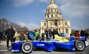 Voiture électrique devant participer au championnat du monde de Formule E, la déclinaison électrique de la F1 à Paris, le 14 mars 2016