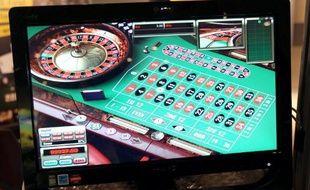 Les jeux de casino en ligne, qui pourraient générer plusieurs milliards de dollars de revenus d'ici 2020, sortent de l'ombre aux Etats-Unis, où ils sont autorisés par un nombre grandissant d'Etats, mais le risque d'abus n'est pas écarté.
