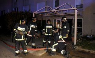 Deux patients d'un centre psychiatrique près de Toulon sont morts dimanche soir dans un incendie survenu dans l'établissement, a-t-on appris de source judiciaire.