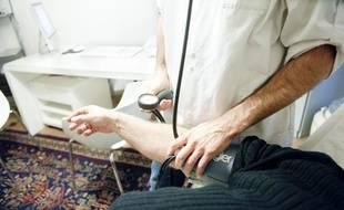 Illustration: Une consultation chez un médecin généraliste.
