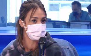 L'actrice Alice Belaïdi a confié au micro d'Europe 1 avoir été victime d'insultes de la part de Pierre Ménès