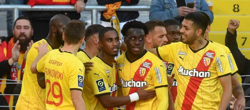 Lens s'est imposé face au FC Metz