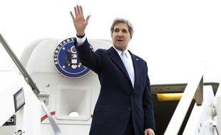 Le secrétaire d'Etat américain John Kerry a sermonné vendredi à Ankara le Premier ministre turc Recep Tayyip Erdogan pour ses propos assimilant sionisme et crime contre l'humanité, un couac entre les deux alliés.