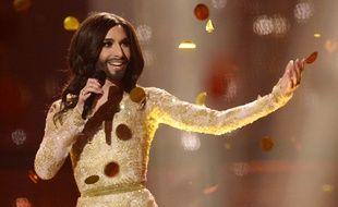 En 2014, Conchita Wurst remportait l'Eurovision en chantant Rise Like A Phoenix... Le concours, annulé en 2020, renaîtra quant à lui de ses cendres en 2021.