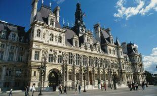 La ville de Paris veut renforcer son dispositif de lutte contre le harcèlement sexuel dans ses services.