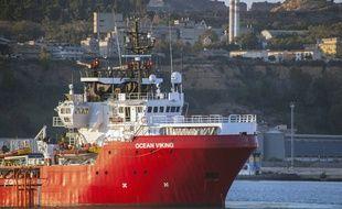 L'Ocean Viking dans le port sicilien de Porto Empedocle, le 6 juillet 2020.