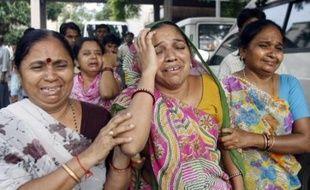 Le nouveau bilan des 16 attentats à la bombe à Ahmedabad s'est alourdi à 38 morts et une centaine de blessés après les décès de neuf personnes qui ont succombé à leurs blessures au cours de la nuit.