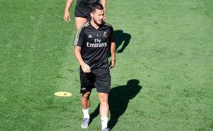 Blessé à la cuisse, Hazard va manquer le début de saison du Real.